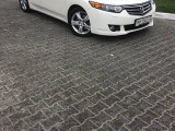 Honda Accord 2.4 I                                            2010